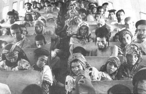 Jews from Yemen on their way to Israel (1949/50) Public Domain